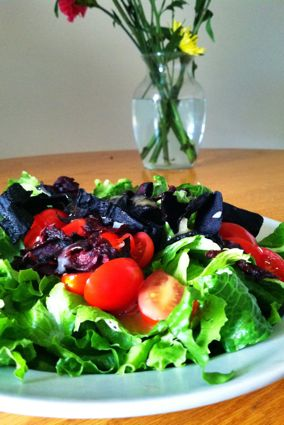 Beet chip and grape tomato salad